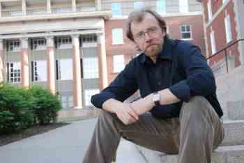Acclaimed Short Story Writer George Saunders to be Writer-In-Residence at CalArts